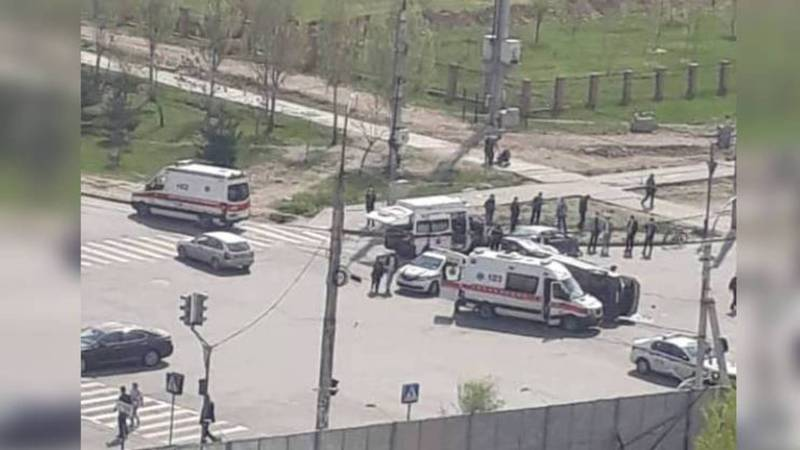 В Джале произошло ДТП с участием машины скорой помощи. Видео, фото
