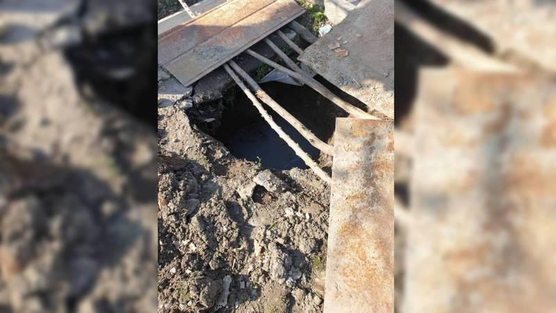 На ул.Керимова септик копают в непосредственной близости с водопроводной трубой, - житель