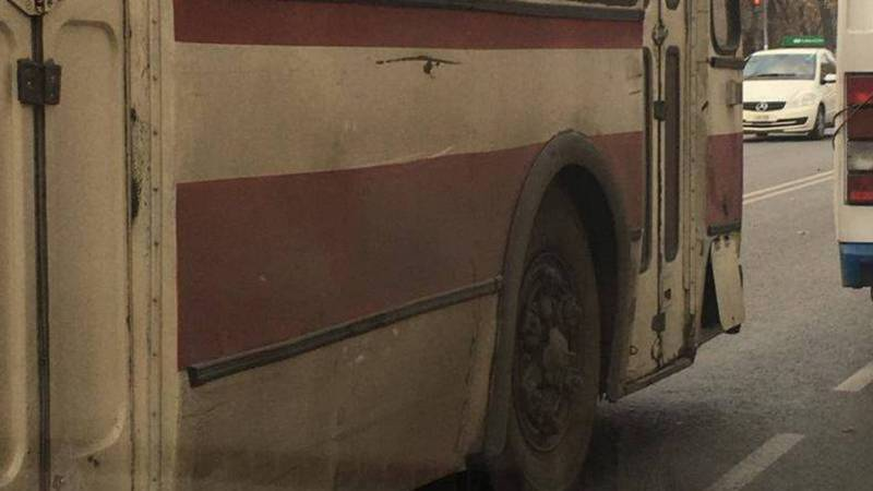 Общественный транспорт не должен быть таким грязным, - горожанин (фото)