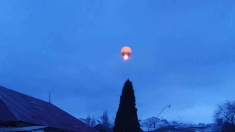 Над селом Кой-Таш пролетел огромный воздушный шар. Видео, фото