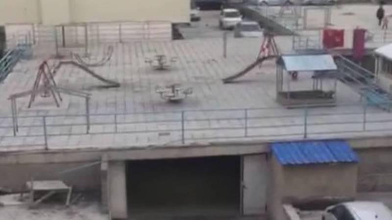 В мкр Улан-2 детские площадки размещены над подземной стоянкой и вдоль дороги, - бишкекчанка